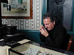 how to become a certified jewelry appraiser